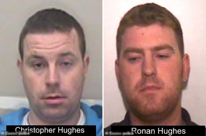 Anh em nhà Hughes - hiện bị cảnh sát Essex truy nã vì nghi liên quan đến cái chết của 39 người trong container. Ảnh: Essex Police.