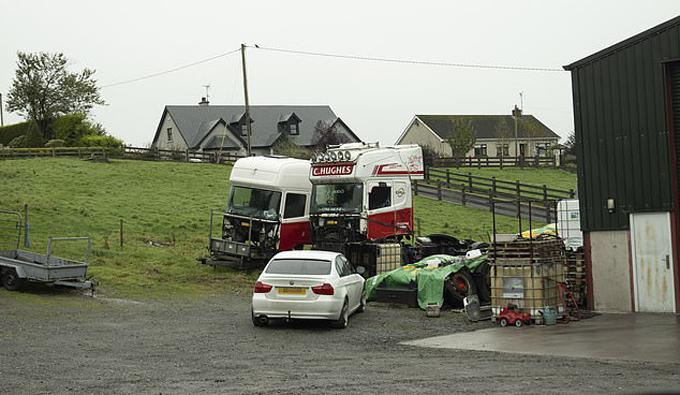 Trang trại gần biên giới Bắc Ireland và Cộng hòa Ireland - nơi anh em nhà Hughesđiều hành công ty vận tải. Ảnh: DM.