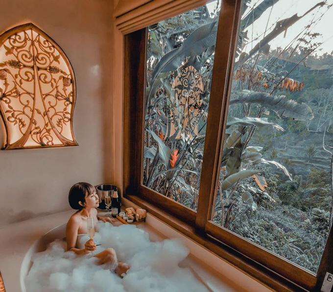 Vợ chồng Minh Nhựa ở resort dành cho ngôi sao - 10