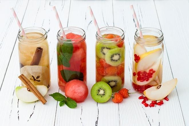 Nước ngâm hoa quả Thêm trái cây vào nước ngâm qua đêm giúp tăng khả năng giữ nước