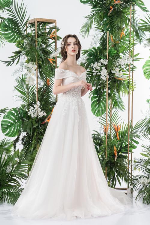 Váy cưới 2 trong 1 lấy cảm hứng từ đóa hoa - page 2 - 1