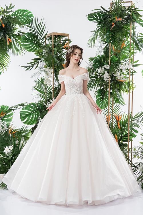 Váy cưới 2 trong 1 lấy cảm hứng từ đóa hoa - page 2 - 2