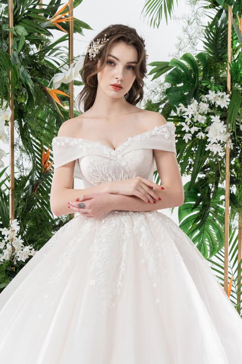 Váy cưới 2 trong 1 lấy cảm hứng từ đóa hoa - page 2 - 3