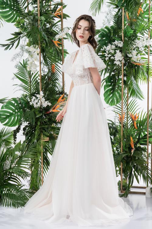 Váy cưới 2 trong 1 lấy cảm hứng từ đóa hoa - page 2 - 9