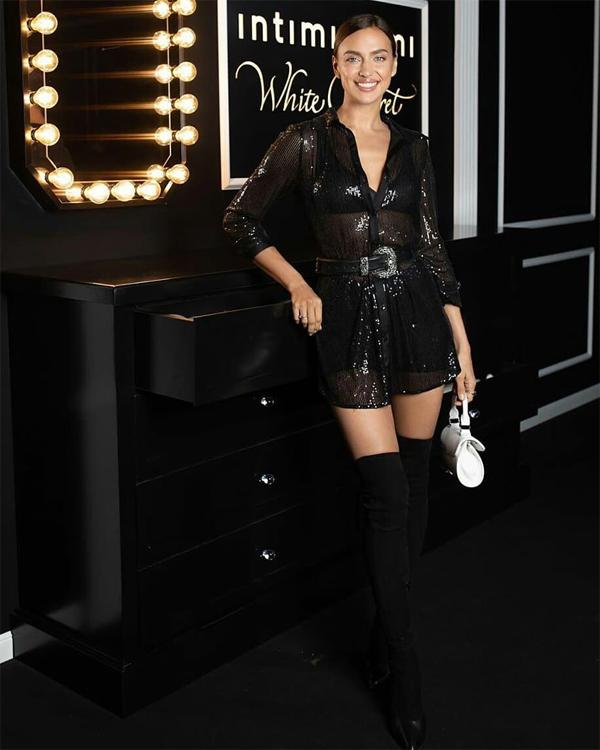 Hai ngày trước đó, Irina vẫn bận rộn tại Italy. Cô tham dự buổi trình diễn thời trang của hãng nội y Intimissimi ở thành phố Milan.