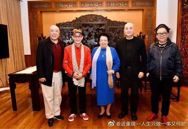 Dàn sao Tây Du Ký bên bà Lệ Hoa, tỷ phú Trung Quốc, đồng thời là vợ Đường Tam Tạng Trì Trọng Thụy.