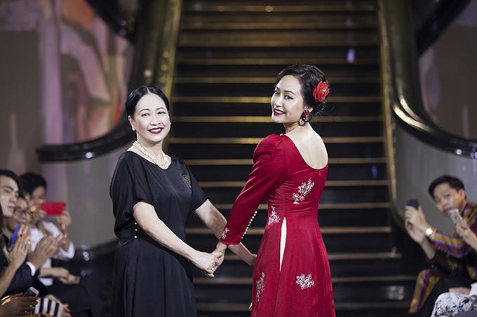 Nghệ sĩ Như Quỳnh diễn thời trang cùng Hồng Ánh - 3