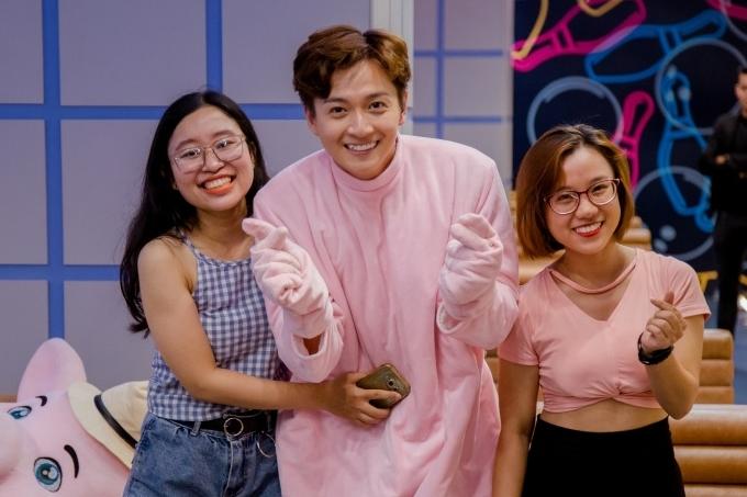 Thu Trang - Tiến Luật hy vọng chương trình là cầu nối để khán giả có cơ hội tiếp xúc, gặp gỡ thần tượng. Tập tiếp theo của chương trình lên sóng ngày 8/11/2019.
