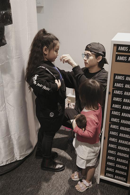 Lunar Chong đã có buổi lấy số đo, thử trang phục để chuẩn bị cho Asian Kids Fashion Show 2019 sắp được tổ chức tại Việt Nam.