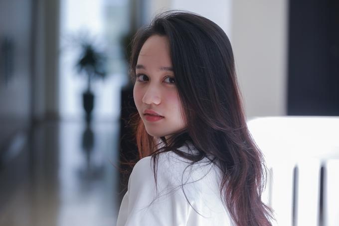 Chương trình đào tạo điện ảnh Gặp gỡ mùa thu lần thứ 7 bắt đầu diễn ra tại Hội An hôm 3/11. Nữ diễn viên Trúc Anh - nàng thơ trong phim Mắt biếc của đạo diễn Victor Vũ là một trong các học viên của lớp Diễn xuất nâng cao.