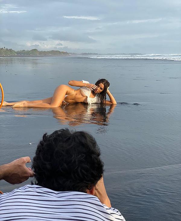 Sau khi đăng quang vương miện Miss Universe 2012, Olivia Culpo từ một nghệ sĩ violin trở thành người mẫu chuyên nghiệp. Cô là gương mặt quen thuộc trên tạp chí áo tắmSports Illustrated.