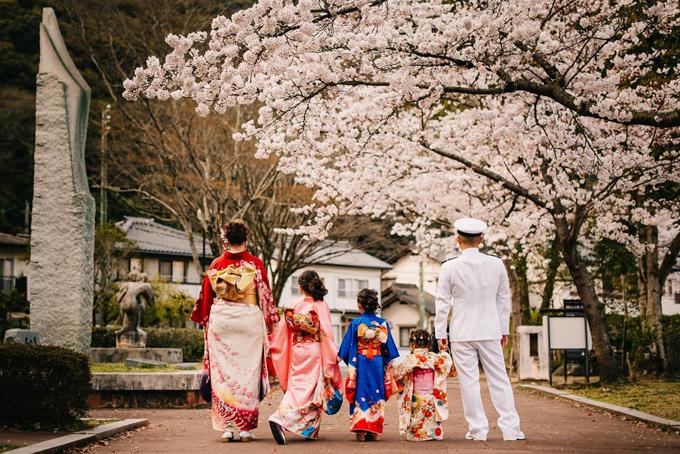 Không phải ai hoặc thứ gì ở Nhật cũng có thể xuất hiện trong bức ảnh của bạn.