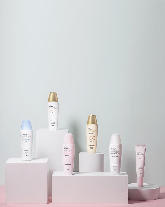 Gia đình Sunplay Skin Aqua với các dòng sản phẩm đa dạng, phù hợp với nhiều loại da và nhu cầu sử dụng.