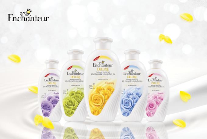 Dòng Enchanteur Deluxe có 5 mùi hương cho bạn gái lựa chọn.