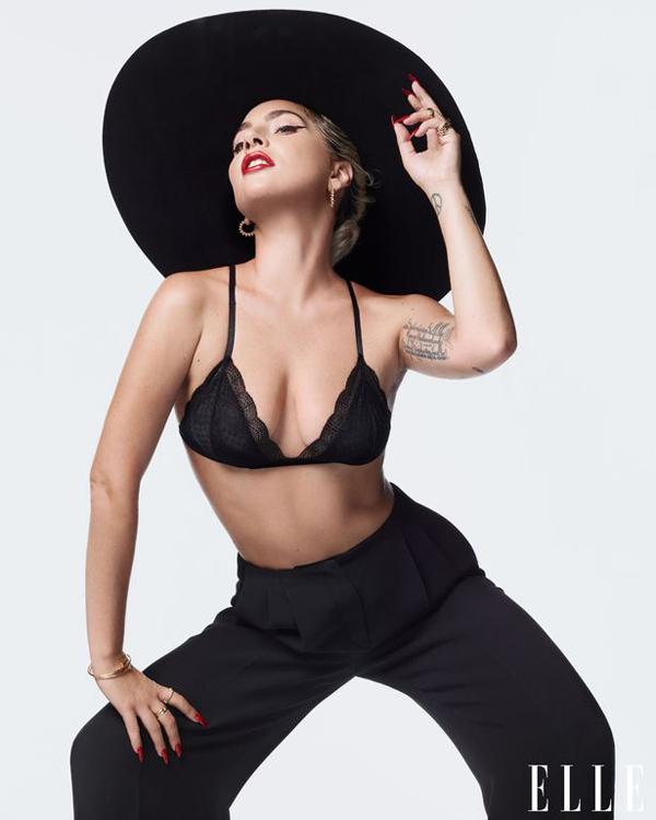 Gaga trên tạp chí Elle tháng 12.