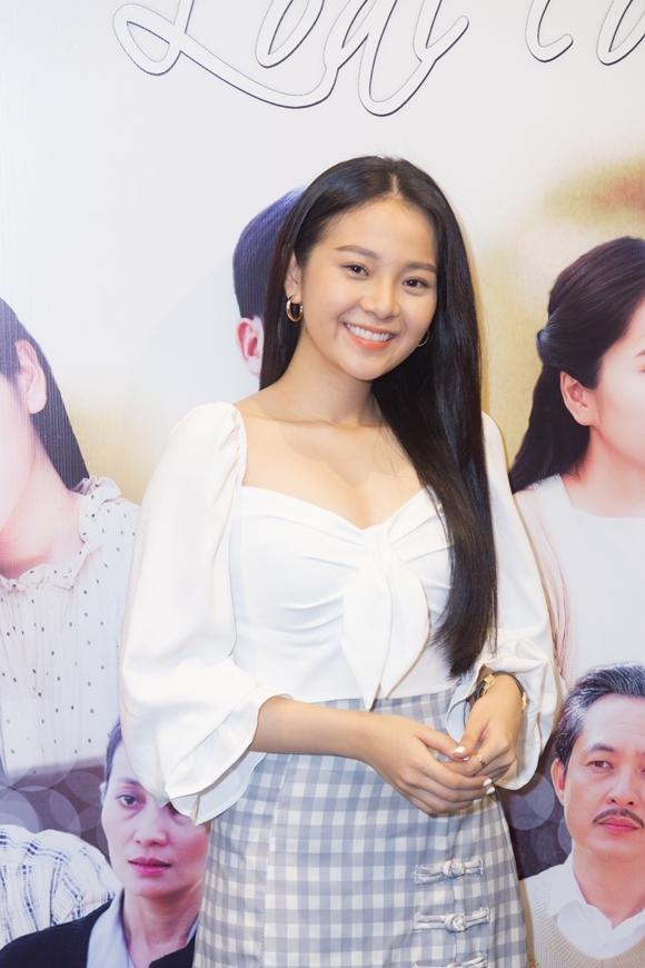 Diễn viên trẻ Tam Triều Dâng vào vai Dã Thảo - em họ của Khang và là đứa cháu ngoại xa cách nhiều năm của bà Hai Đài.