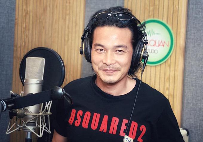 Thời gian này Quách Ngọc Ngoan vẫn đang chờ đợi kịch bản phim mới hợp với anh. Ngoài diễn xuất, nam diễn viên còn đam mê ca hát. Anh vừa thu âm ca khúc mới.