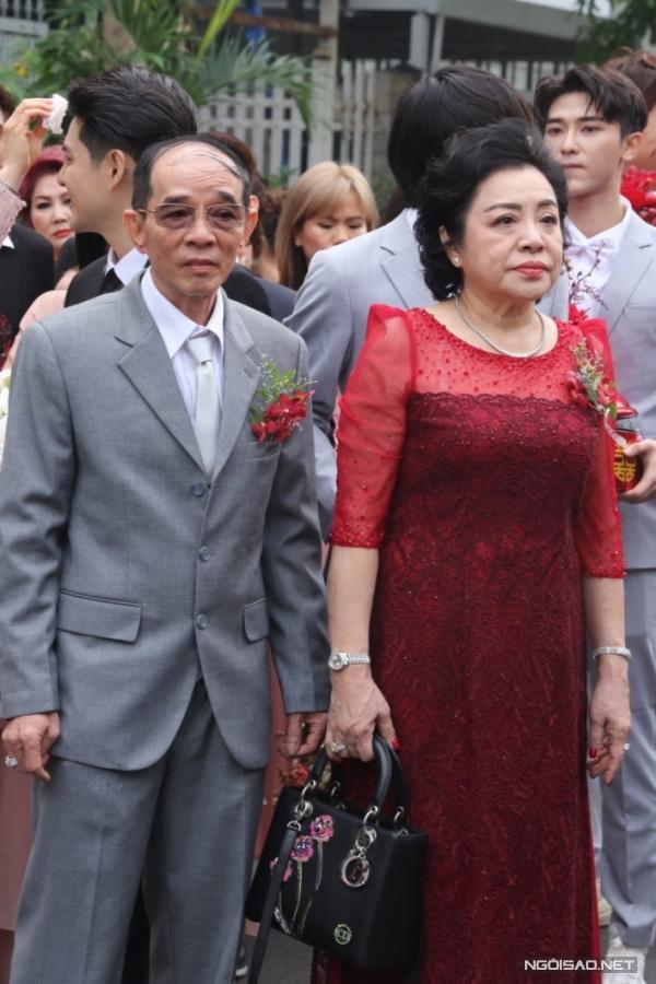 Lễ rước dâu của ca sĩ Đông Nhi - 1