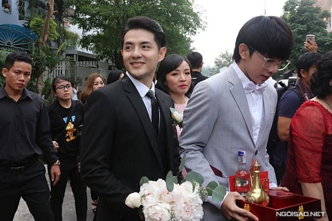Lễ rước dâu của ca sĩ Đông Nhi - 2