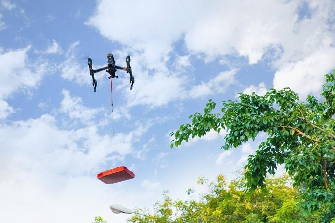 Drone Delivery - công nghệ giao hàng nhanh và chính xác do Dominos Pizza khởi động hiện trong quá trình thử nghiệm.