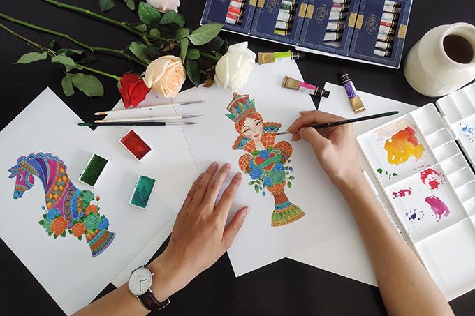 Hình ảnh phác hoạ bản thảo mẫu hoạ tiết chủ đạo ở bộ sưu tập tôn vinh vẻ đẹp nữ quyền.