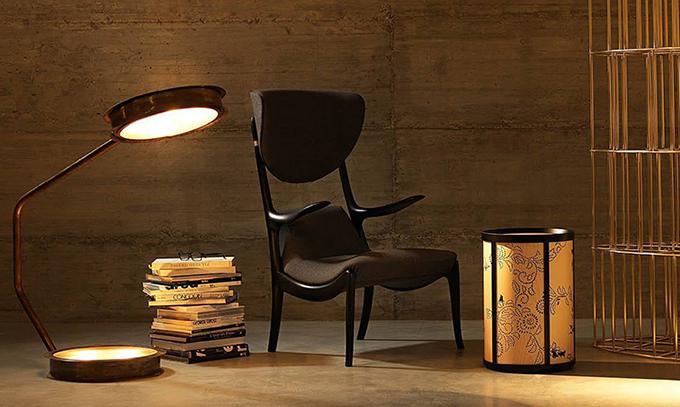 Thương hiệu nội thất Ý Ceccotti Collezioni có 97 showroom trên thế giới, trong đó, 2 showroom tại Việt Nam thuộc Trung tâm Nội thất Bellavita Luxury của tập đoàn AKA Furniture Group.