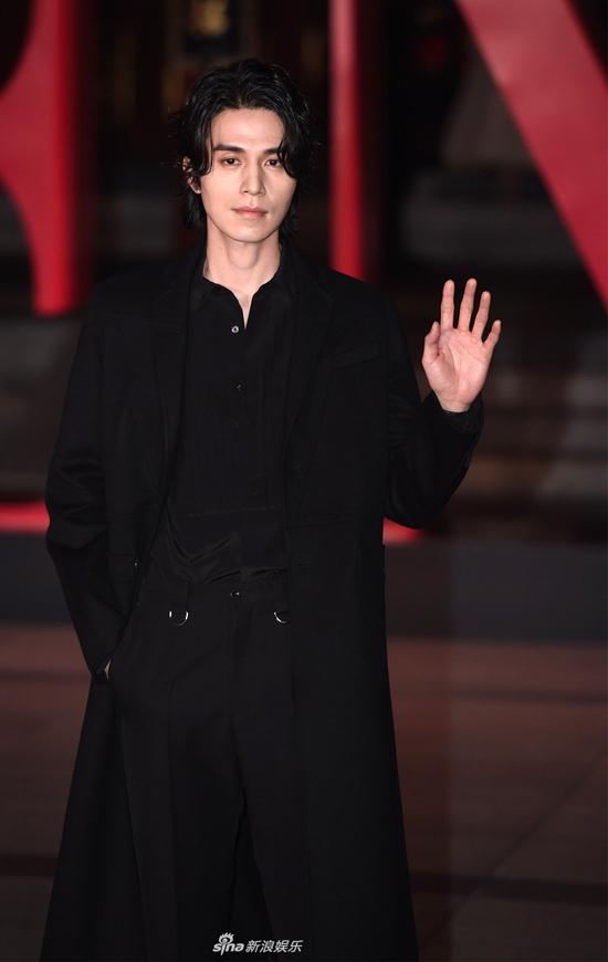 Ngôi sao đến từ Hàn Quốc Lee Dong Wook.