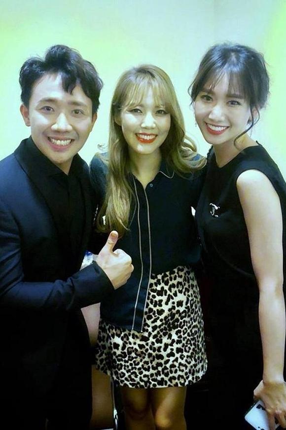 So Hyang thân thiết với vợ chồng Hari Won - Trấn Thành khi sang Việt Nam hồi tháng 6.