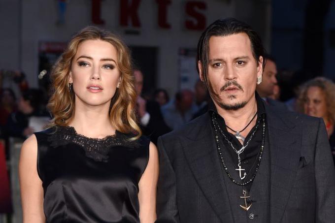 Amber Heard và Johnny Depp thời còn bên nhau.