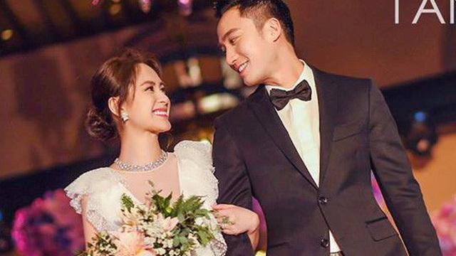 Vợ chồng Chung Hân Đồng trong ngày cưới.