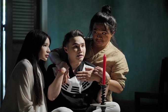 Khả Như, Huỳnh Lập và Đại Nghĩa (từ trái qua) trong một cảnh quay.