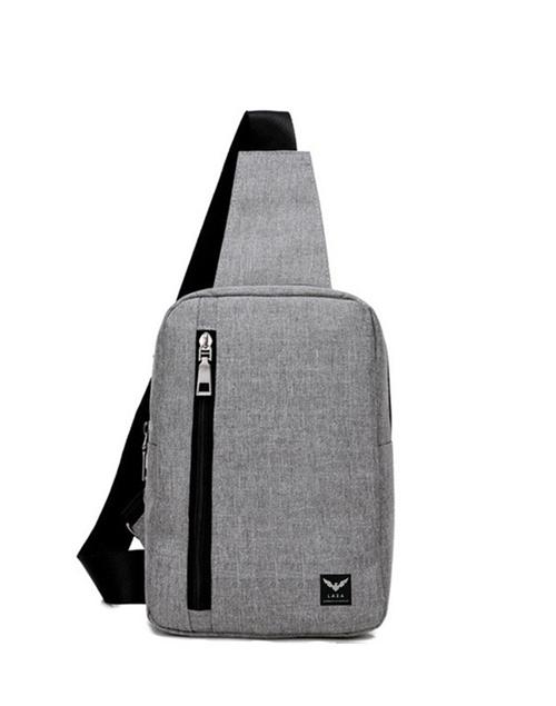 Nhằm giúp các chàng biến tấu phong cách, Store Ngôi Sao gợi ý loạt túi đeo chéo đang bán chạy và giảm giá sâu. Phái mạnh có thể thoải mái lựa chọn để làm quà cho bản thân nhân dịp Lễ độc thân 11/11.