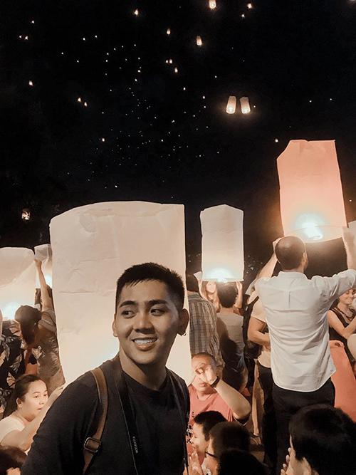 Blogger Thắng Cuội lễ đèn trời Thái Lan