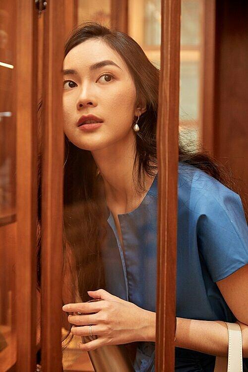 Helly Tống là gương mặt quen thuộc của làng giải trí phía Nam.