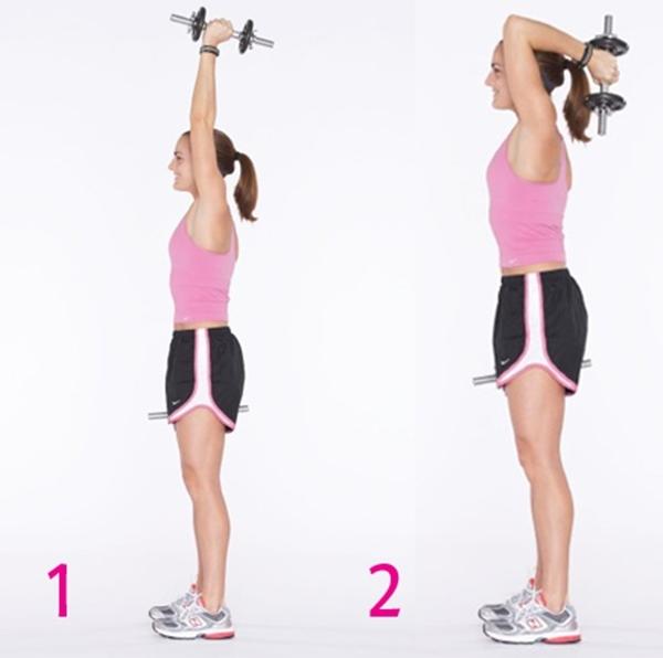 Đẩy tạ sau với tạ 4 kg 15 lần.
