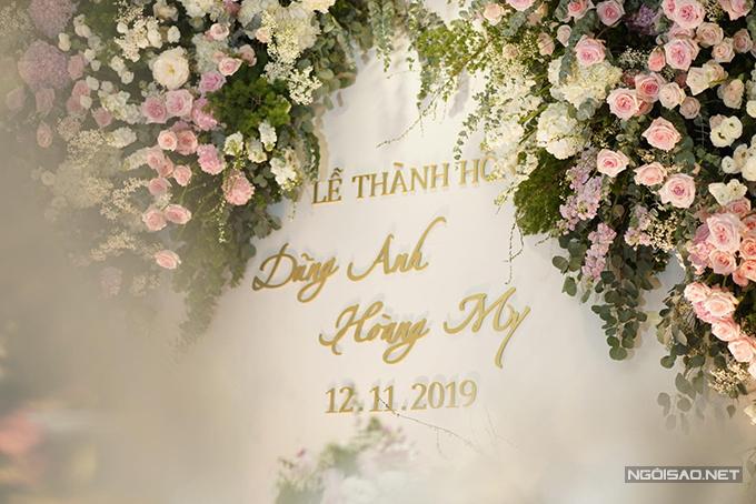 Sau lễ thành hôn, uyên ương sẽ tổ chức tiệc cưới tối 14/11 ở Hà Nội.