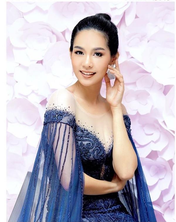 Tân hoa hậu cho biết, cô từng bị chỉ trích nặng nề khi lên ngôi Hoa hậu Thái Lan vì xuất phát điểm là một dược sĩ bình thường. Tuy nhiên cô không bao giờ bỏ cuộc và luôn giữ vững ước mơ trở thành nữ hoàng sắc đẹp. Sireethorn chia sẻ trong phần thi ứng xử: Định nghĩa về sức mạnh của người phụ nữlà chúng tôi sẽ khuyến khích, hỗ trợ và truyền cảm hứng cho phụ nữ trên toàn thế giới, để biến giấc mơ thành hiện thực và tạo ra một cái gì đó tuyệt vời cho thế giới của chúng ta. Nếu tôi được vinh danh là Hoa hậu Quốc tế 2019, tôi sẽ truyền cảm hứng cho mọi người rằng: Nếu một người phụ nữ bình thường như tôi có thể làm điều đó, tất cả các bạn cũng có thể làm được.