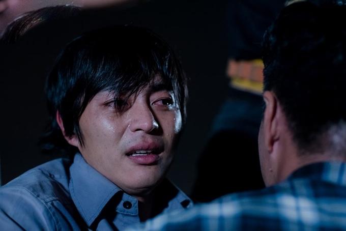 Quốc Huy bật khóc trong cảnh phim.