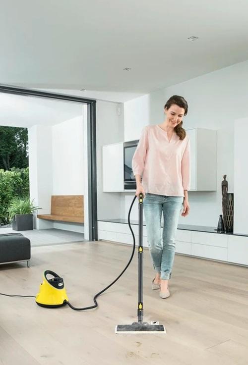 Bàn lau sàn EasyFix có khớp nối linh hoạt đảm bảo tính ưu việt và công nghệ lamella đảm bảo kết quả làm sạch toàn bộ bề mặt.