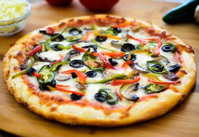 Vì sao pizza hình tròn, hộp vuông và cắt tam giác