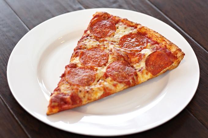 Vì sao pizza hình tròn, hộp vuông và cắt tam giác - 2