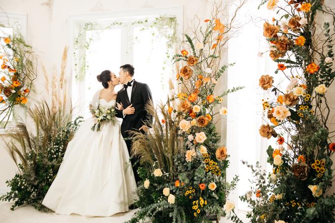 Cảm xúc của cô dâu, chú rể khi bước vào set chụp là sự vui vẻ, hứng khởi vì bối cảnh theo đúng ý tưởng mà cô dâu đã đưa ra với ekip.