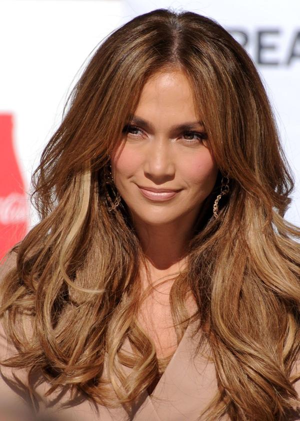 Jennifer Lopez từng gây thương nhớ với mái tóc màu caramel ngọt ngào.