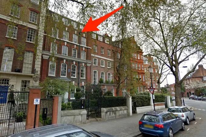 Năm 2015, Bloomberg chi 25 triệu USD mua một dinh thự tại London. Chủ nhân cũ của dinh thự này là tiểu thuyết gia nổi tiếng người Anh George Eliot. Đây là ngôi nhà thứ 2 tại London của ông, trước đó ông đã sở hữu một căn hộ trên Quảng trường Cadogan.Ảnh: BI.