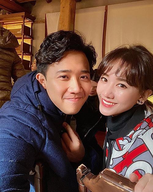 Trấn Thành - Hari Won rủ nhau đi ăn khi đến Hàn Quốc. Cô than về bao mập vì suốt ngày chỉ ăn.