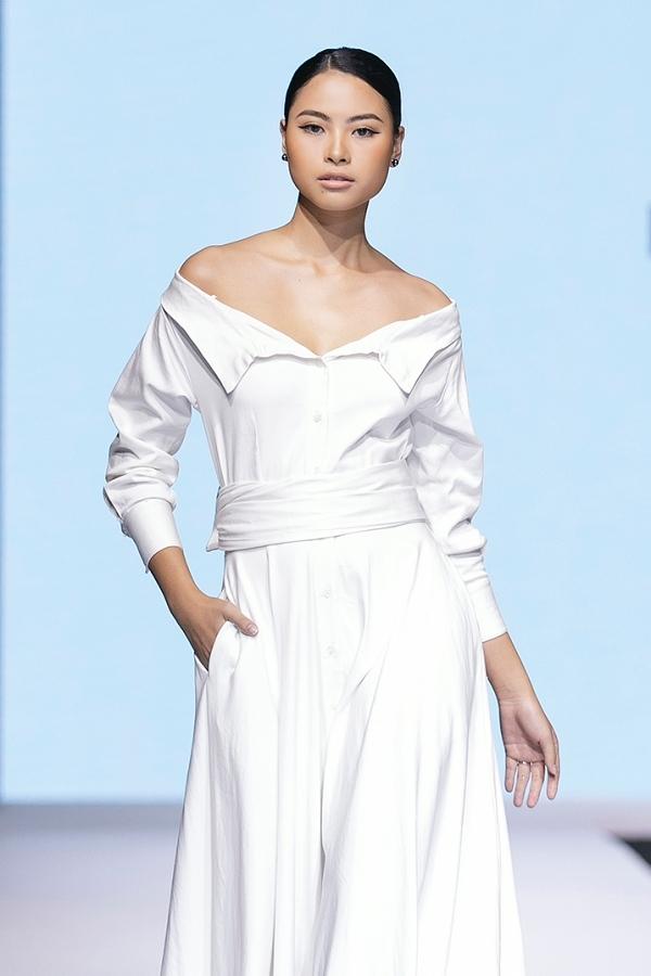 Đào Thị Hà cũng gây ấn tượng với thành tích đứng nhất hai tuần đầu và hiện hạng 4. Người đẹp quê Nghệ An từng vào top 5 Hoa hậu Việt Nam 2016, giải phụ Người đẹp Biển.