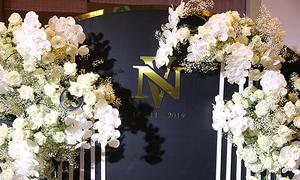 Tiệc cưới 100% hoa tươi nhập khẩu của Giang Hồng Ngọc
