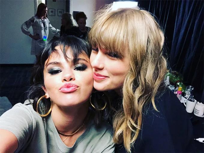 Selena bênh vực Taylor, không hề e ngại bị những ông trùm làng nhạc trả thù.