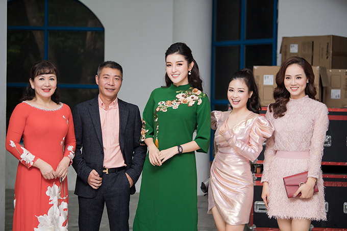 Tham dự sự kiện cùng Công Lý - Ngọc Hà còn có diễn viên Minh Hoà, Á hậu Huyền My và ca sĩ Dương Hoàng Yến.