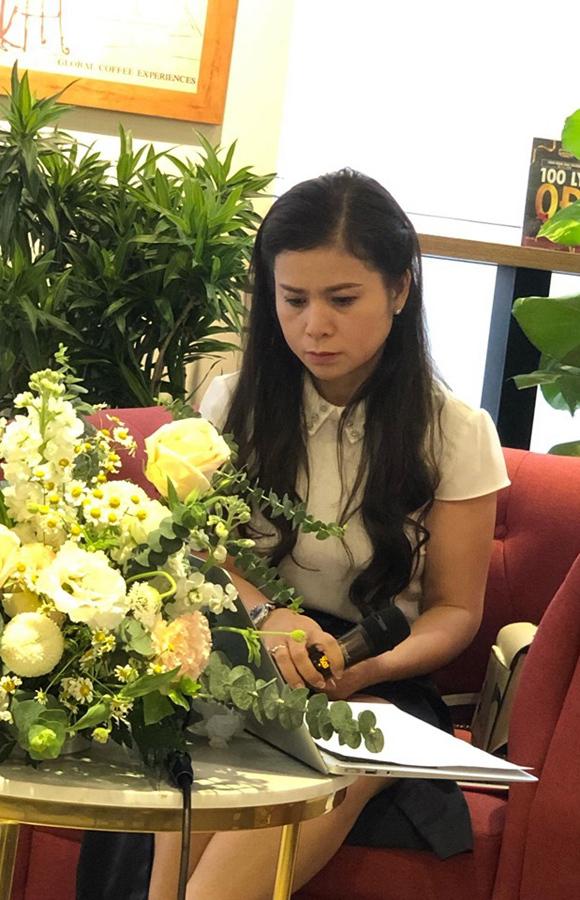 Bà Lê Hoàng Diệp Thảo xuất hiện chiều nay tại TPHCM.
